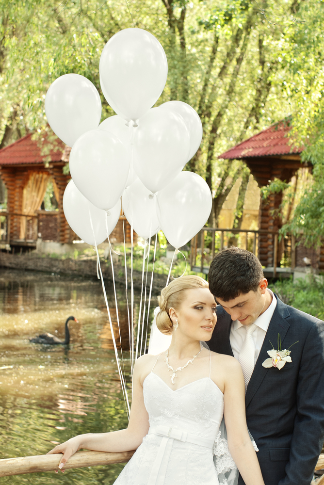 Romantic balloon wedding