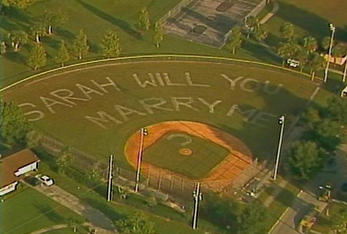 Sarah-will-you-marry-me-baseball-field-1014